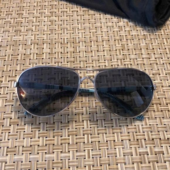 e68260f65 Oakley Feedback polarized aviator sunglasses. M_5afb351461ca101ab9ca9b87
